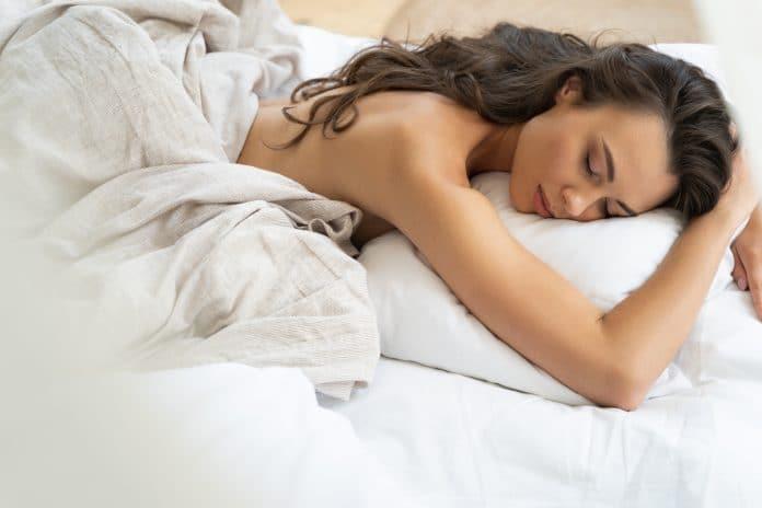 Lekker uitgerust, een orgasme tijdens je slaap!